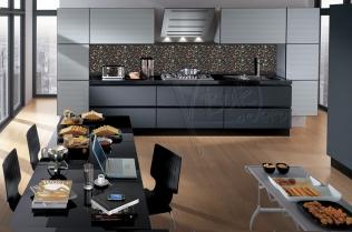 """Кухонный фартук """"Цветочный орнамент (черный)"""""""